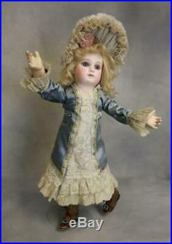 17 Inch Antique Jumeau Bebe Portrait Second Series doll Orig 8 ball joint body