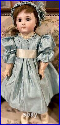 19 Antique E8J C1884 Bisque Bebe by Emile Jumeau Doll withOriginal Signed Body