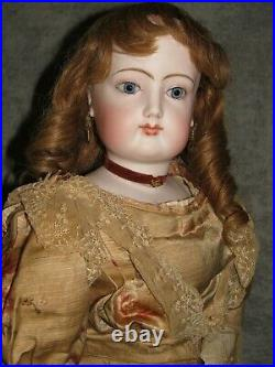 28 French Fashion, Blue Spiral Eyes, Silk Gown, Attributed to Barrois or Bru