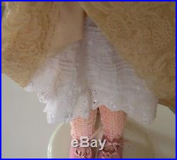 ANTIQUE DOLL BISQUE GERMAN 21 with HANDMADE LACE OUTFIT