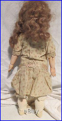 ANTIQUE DOLL MARKED 252 dep, BISQUE HEAD, COMP. BODY, WOOD ARMS & LEGS 13 1/4