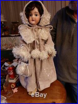 Antique 24-Inch AM Queen Louise Doll with Mohair Wig & Great Outfit
