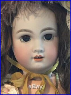 Antique 26 TETE JUMEAU Doll With Beautiful Outfit Including Feathered Bonnet