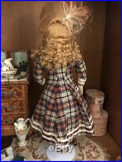 Antique French Fashion Bisque Doll JUMEAU Kid Leather Body Approx 16