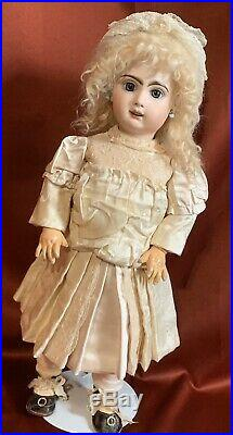 Antique Tete Jumeau French France Bebe Bisque Doll T Mark & SFBJ Red Stamp 20