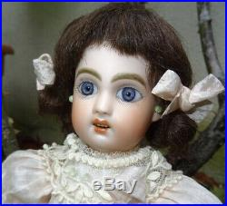 Antique beautiful rare Bleuette first Jumeau size 1 (10,63 inches)