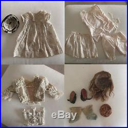 BEBE BRU open mouth 21 2/3 original clothes. ANTIQUE FRENCH BISQUE HEAD DOLL