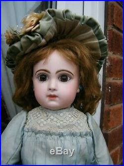 Extremely Pretty Antique Size 8 Early French Tete Jumeau Bebe