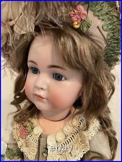 FABULOUS ANTIQUE 26 MEIN LIEBLING KAMMER & REINHARDT117 Doll WithClosed Mouth