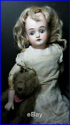 GORGEOUS! Antique BISQUE FRENCH MARKET DOLL Marked with G MOHAIR Wig SLEEP EYES