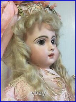 RARE French bisque BEBE JUMEAU, TETE model with patented LEVER EYE Mechanism