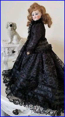 Rare Antique Bisque Gaultier French Fashion Poupee Doll Mourning Gown c. 1800s