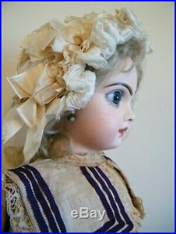 Very Beautiful Antique Tete Jumeau Bebe / Size 10/ Org Shoes/ Wig